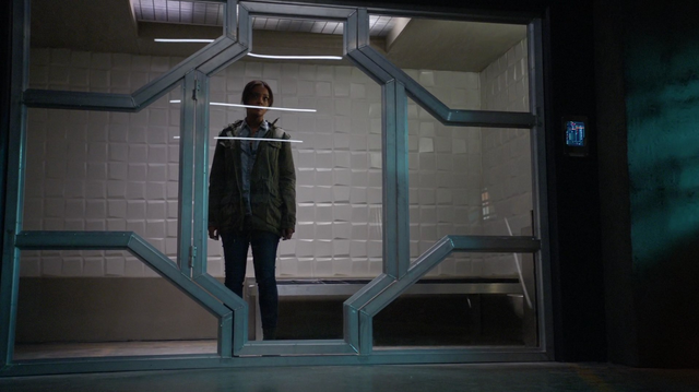 File:M'gann incarcerated.png