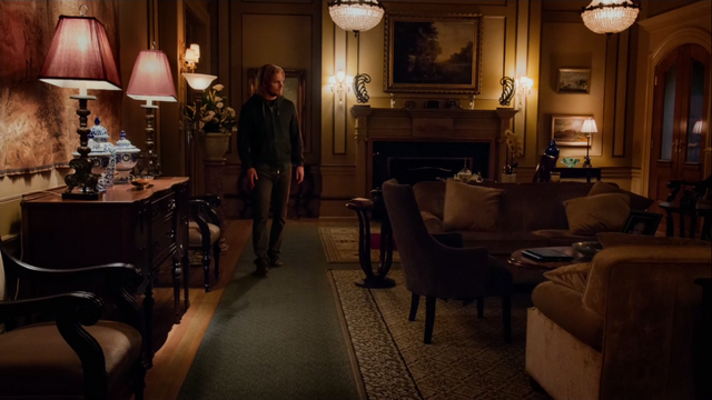 File:Oliver returns home for the first time in over 2 years.png