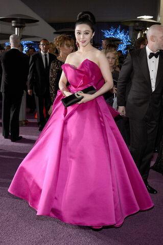 File:Fan+Bingbing+85th+Annual+Academy+Awards+Governors+8Am3mq3-yE5l.jpg
