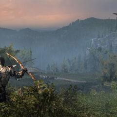 Connor beim jagen von Tieren mit seinem Bogen