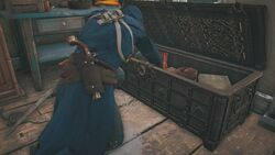 Arno Opening Chest