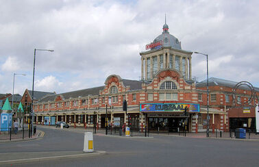800px-The Kursaal, Southend-On-Sea
