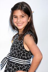 Lauren Boles (7)