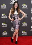 Laura-marano-2013-mtv-movie-awards-02