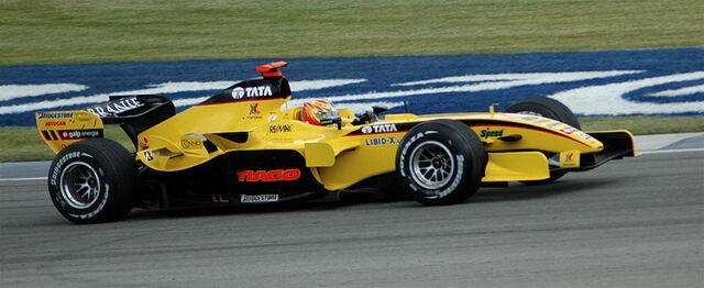 File:Monteiro (Jordan) qualifying at USGP 2005.jpg
