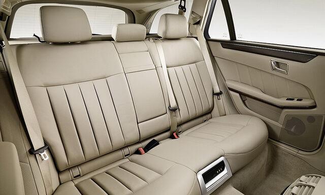 File:2010-Mercedes-E-Class-Estate-19.JPG