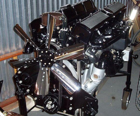 File:Cadillac v16 motor.jpg