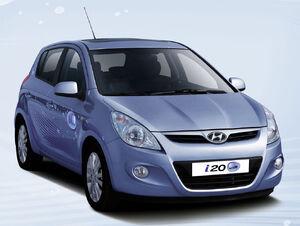 Hyundai-i20-blue-2