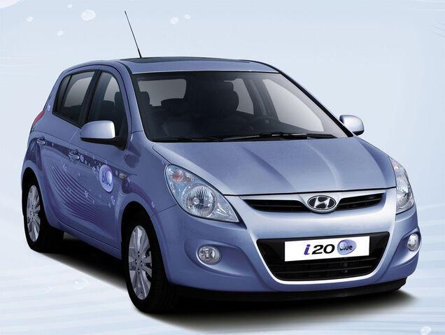 File:Hyundai-i20-blue-2.jpg