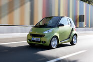 2011-Smart-ForTwo-26