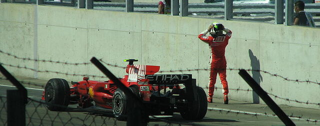 File:Felipe Massa car crash.JPG