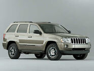 2006 GrandCherokee facingright