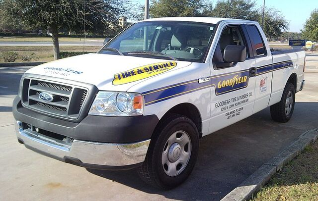 File:'04-'06 Ford F-150 Goodyear Extended Cab.jpg