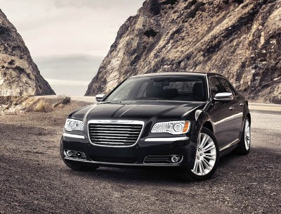 08-2011-chrysler-300-presssmall