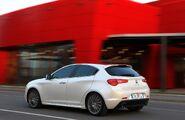 Alfa-Romeo-Giulietta-122