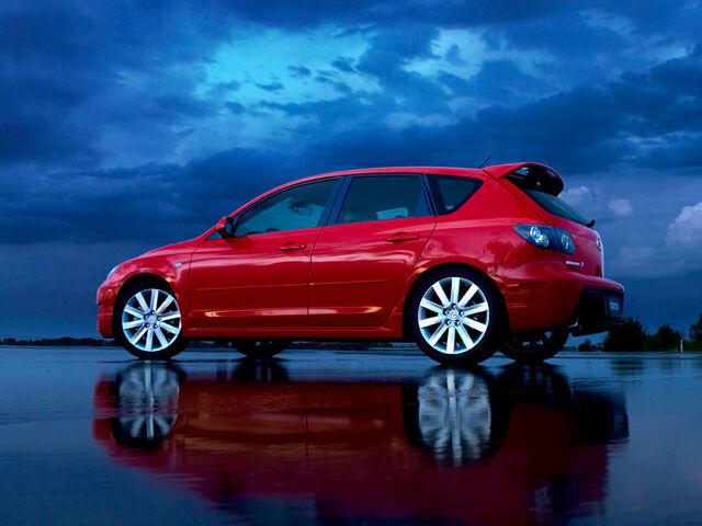File:Mazdaspeed320-20night.jpg