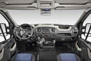 2011-Renault-Master-17