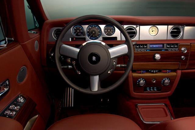 File:Rolls-Royce Phantom Coupe 16.jpg
