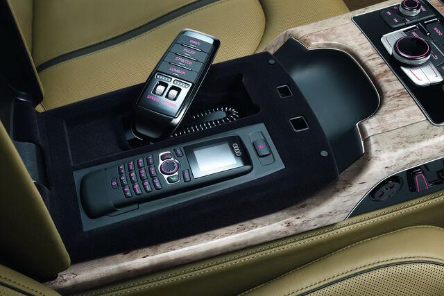 File:2011-Audi-A8-L-W12-38.jpg