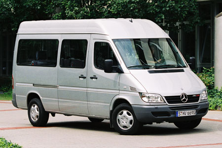 File:Mercedes benz-sprinter.jpg