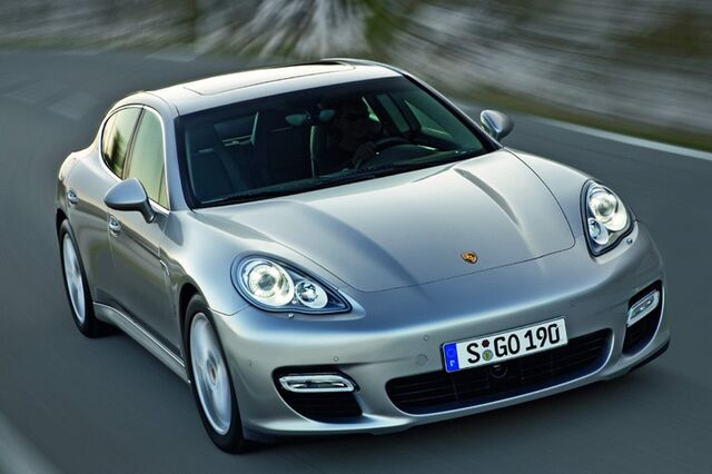 File:2010-Porsche-Panamera-0.jpg