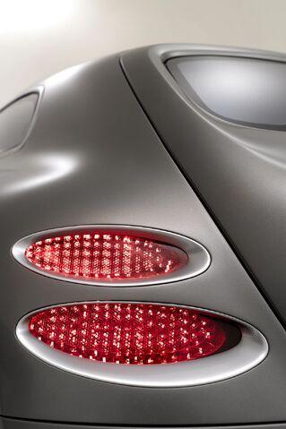 File:Bentley-Touring-Superleggera-Flying-Star-16.JPG