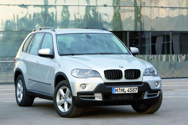 File:Carscoop BMWX508 0.JPG