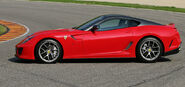 Ferrari-releases-new-599-gto-pictures 14