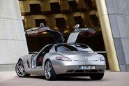 Mercedes-SLS-AMG-27