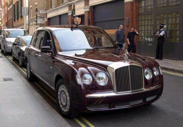 File:2002 Bentley State Limousine.jpg