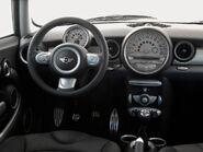 2gen MINI Cooper interior