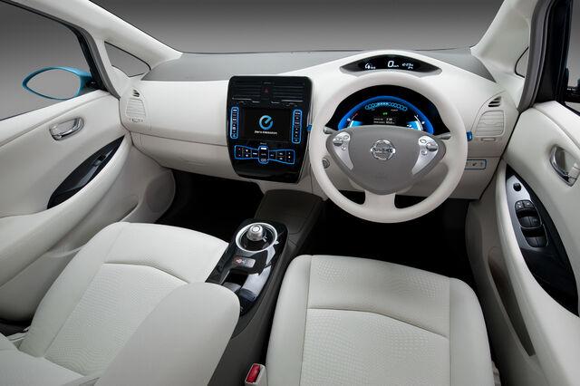 File:Nissan-leaf hi 014.jpg