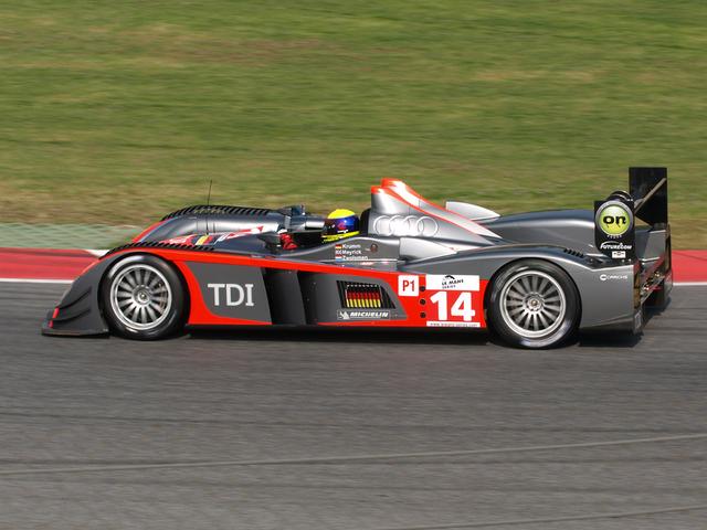 File:Kolles Audi R10.png
