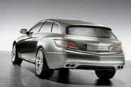 Mercedes-Concept-Paris-Shooting-Brake-3