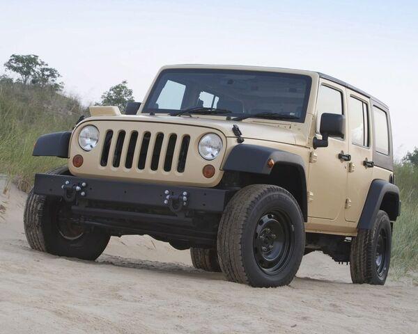 File:Jeepj81.jpg