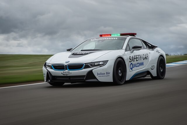 File:Bmw-i8-formula-e-pace-car 100553439 h.jpg