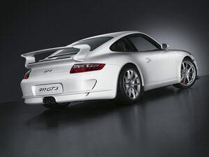 800px-2006 Porsche 911 GT3