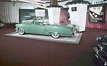 File:220px-1953 Olds Starfire Show car.jpg