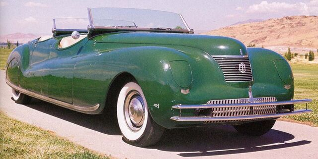 File:1940 Chrysler Newport Phaeton.jpg