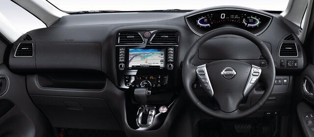 File:Nissan-serena020.jpg