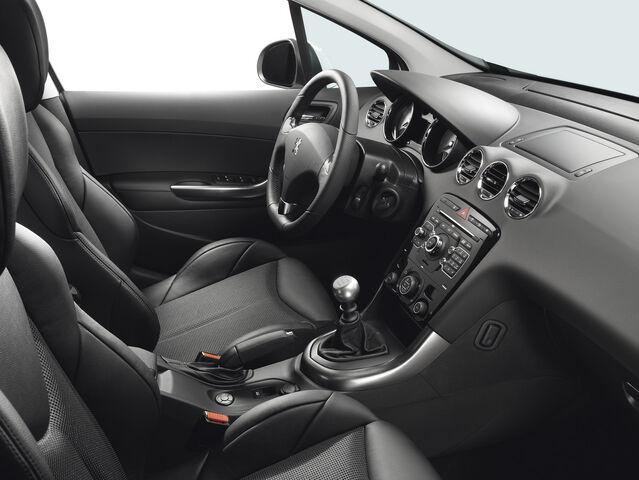 File:Peugeot-308-GTi-11.jpg