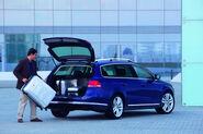 2011-VW-Passat-44