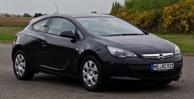 File:Opel Astra GTC 1.4 Turbo ecoFLEX Edition (J) – Frontansicht, 20. Oktober 2012, Heiligenhaus.jpg