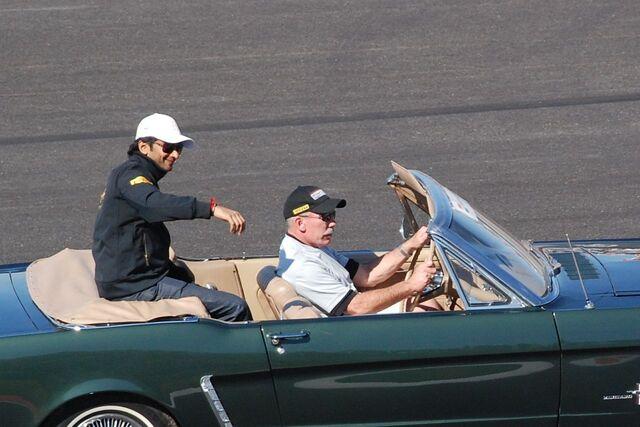 File:Narain Karthikeyan, United States Grand Prix, Austin 2012.jpg