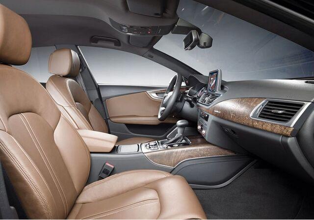 File:Audi-A7-Sportback-2.jpg