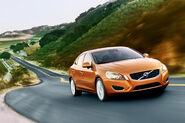 2011-Volvo-S60-Sedan-9