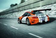 03-porsche-911-gt3-r-hybrid