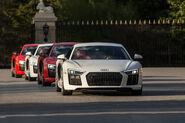 2017-Audi-R8-V10-Plus-front-end-in-motion-1