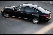 2011-Hyundai-Equus-28