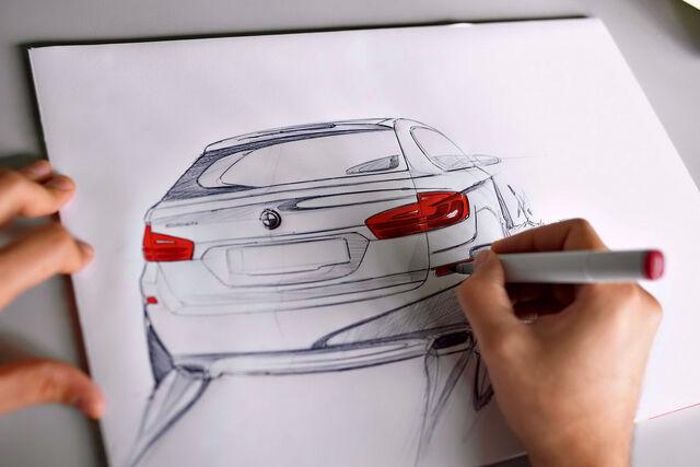 File:2011-BMW-5-Series-Touring-19.jpg
